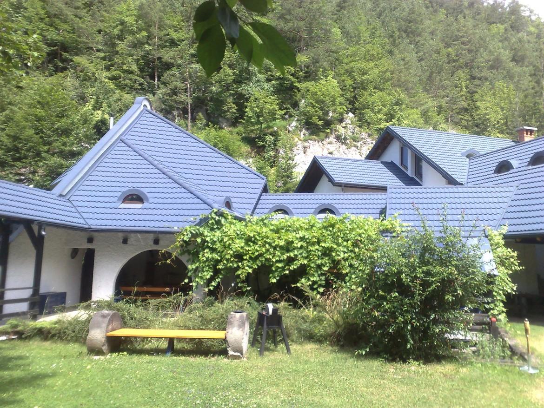 GERARD® Classic Sapphire Slovenia Slovenia